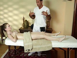 Magnificent knockout deepthroats the masseur