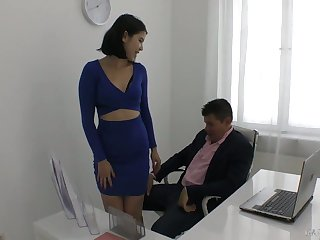 Flavourful young secretary Sprog Dee plays with hard dick be advisable for their way marketable boss