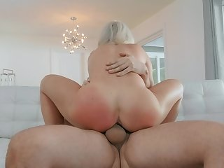 Hot mom rides like she's a deity be worthwhile for porn