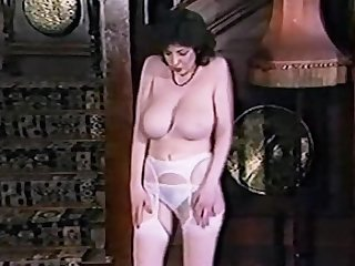 LOVE TO LOVE YOU - vintage British outstanding tits striptease