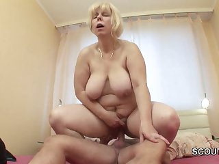 Mother I´d Like Beside Copulate wakes up german step-son to get fuck in asshole