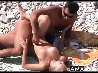 Voyeur on cause of beach. Hot young clamp sex4