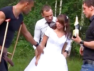 Russian cully luvs an bi-racial group-poke outdoors