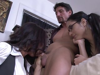 Exclusive old woman and daughter home trio on a massive dick