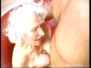 Blonde mature adores to blow a hard penis up ahead and after rough sex