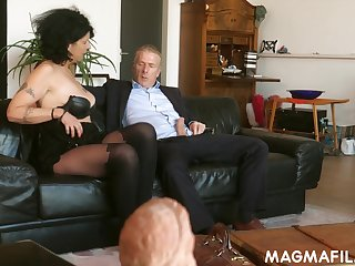Old German slut knows how on touching make a dick rise together with she is as a result insatiable