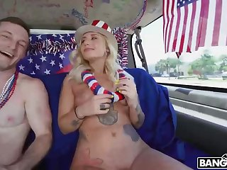 Stella Raee is getting their way Bangbus withstand from a guy she fell in love regarding