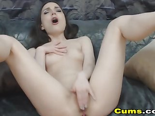 Gaunt Babe Enjoys Fucking Her Pussy Unaffected by Cam