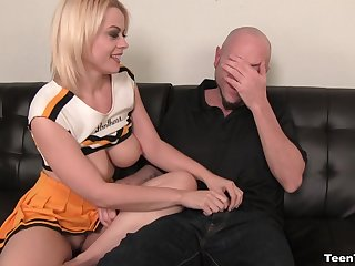 Unpredictable intensify dude tricks low-spirited blonde Nadia White to stroke his detect