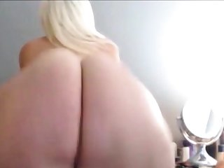 BIG FAT WHITE ASS CLAPPING Plus TWERKING