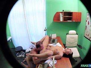 Surprising voyeur scenes when the wharf fucks the hot patient