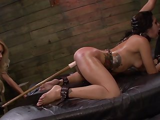 Lezdom BDSM prizefight for off colour girls Isa Mendez, Mila Blaze with the addition of Ava Kelly