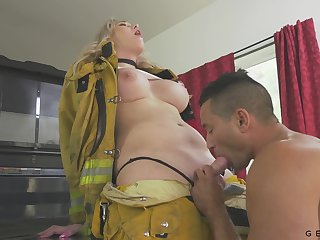 Hot transsexual fireman Aspen Brooks fucks mouth and pussy of bisexual partner