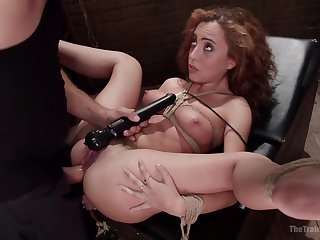 Agreeable Roxanne Rae put through the ringer by a stern Dom