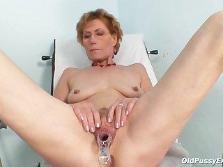 Oldpussyexam - Mila