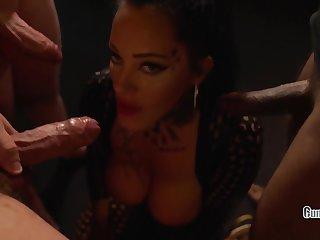 Ashley Cumstar in Dick Or Genteel Toerist Milf Creampie Gangbang In Amsterdam Halloweeneres