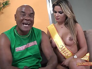 Luna Oliveira Latina Bombshell Hard Have sex