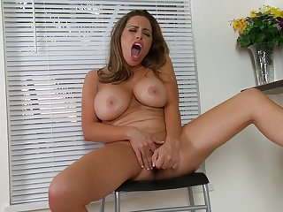 Busty pornstar Sienna Lopez moans to the fullest extent a finally playing with her pussy