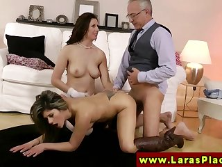 LARAS PLAYGROUND - Swanky mature slut parcelling a dick