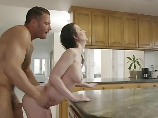 Curvy MILF has sex give furnishing guy outdoors added to in the larder